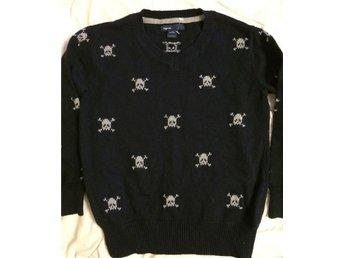 GAP kids tjock tröja med döskallar stl 110/116 för 4-5 åringen Nyskick - Lidingö - GAP kids tjock tröja med döskallar stl 110/116 för 4-5 åringen Nyskick - Lidingö