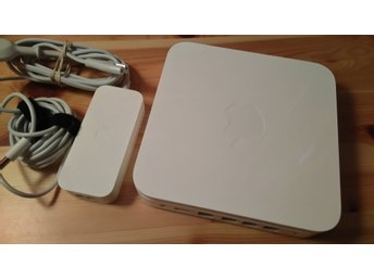 Apple Airport Extreme Base Station 802.11n 5th Gen A1408 (2,4GHZ & 5GHZ)