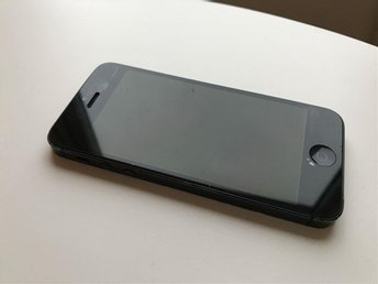 iPhone 5 32GB Olåst Defekt
