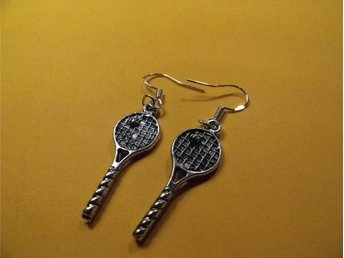 Tennisracket örhängen / Tennis racket earrings