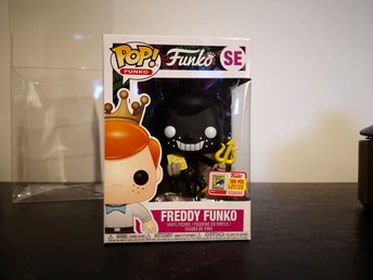 Freddy Funko (The Devil) (Black) Funko Pop