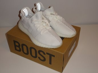 "YEEZY Boost 350 v2 ""Triple White"" storlek 42, 2/3 US 9"
