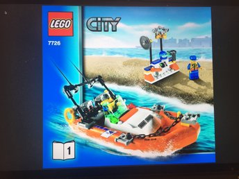 Lego City 7726 Coast Guard Truck w Speed Boat