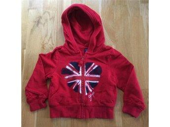 GAP Röd Munktröja Flagga Storbritannien Ca stl 80. Hoodie, tröja, kofta - Täby - GAP Röd Munktröja Flagga Storbritannien Ca stl 80. Hoodie, tröja, kofta - Täby