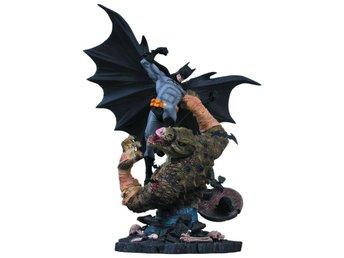 DC Comics - BATMAN VS Killer Croc Statue - Limited Edition - 40cm hög! - Norrsundet - DC Comics - BATMAN VS Killer Croc Statue - Limited Edition - 40cm hög! - Norrsundet