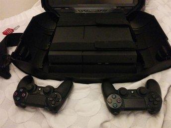 Playstation 4 PS4 Basenhet, 2 trådlösa handkontroller 4 ST spel - Solna - Playstation 4 PS4 Basenhet, 2 trådlösa handkontroller 4 ST spel - Solna