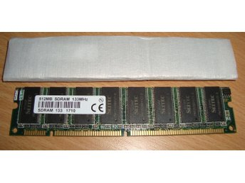 1gb (2 x 512Mb) SD-RAM PC133 (NYA)