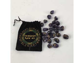 Stenar, Divination Rune Set