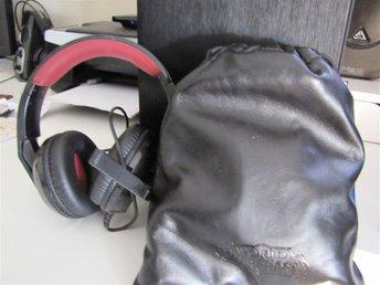 Corsair HS30 Headset & Creative World of Warcraft(WoW) USB Headset - Gävle - Corsair HS30 Headset & Creative World of Warcraft(WoW) USB Headset - Gävle