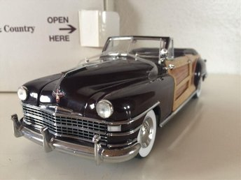 Chrysler Town & Country Convertible 1948 Woody, Danbury Mint 1:24