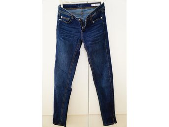 34/XS, jeans, trend, slutsåld, ombloggad, populär. blåa jeans - Sundbyberg - 34/XS, jeans, trend, slutsåld, ombloggad, populär. blåa jeans - Sundbyberg