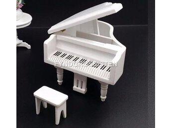 Piano Flygel i skala 1:12. Dockskåp Dockhus Dockskåpsmöbler - Wuzhou Guangxi - Piano Flygel i skala 1:12. Dockskåp Dockhus Dockskåpsmöbler - Wuzhou Guangxi