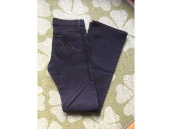 SISTERS jeans W27 L34 - Norrahammar - SISTERS jeans W27 L34 - Norrahammar