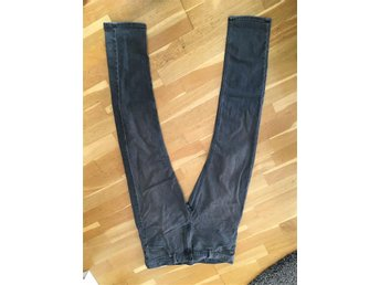 MTWTFSS weekday jeans ca. 32-34