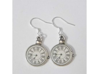 Fickur örhängen / Pocket watch earrings