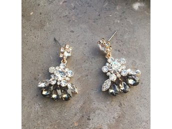 Night flowers earrings fina örhängen strass fest smycken #ploypailin