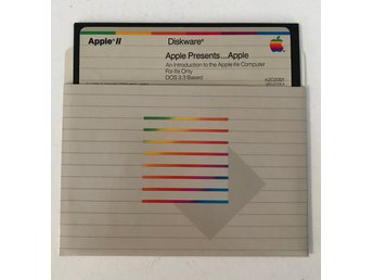 "Apple presents the Apple iie Guide på 5,25"" flexskiva"