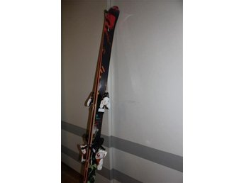 Salomon Suspect 181- med bindning - Skidor - Alpin - Twin tip - Off pist - Ljungby - Salomon Suspect 181- med bindning - Skidor - Alpin - Twin tip - Off pist - Ljungby