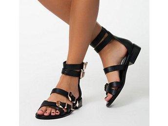 NLY SHOES Outlaw Sandaler Läderimitation Svarta Nelly Guld Spännen - Väddö - NLY SHOES Outlaw Sandaler Läderimitation Svarta Nelly Guld Spännen - Väddö