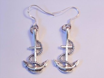 Ankare örhängen / Anchor earrings