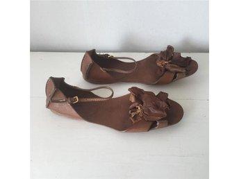 Exklusiva Miu Miu sandaler i brunt skinn, storlek 40 - Lund - Exklusiva Miu Miu sandaler i brunt skinn, storlek 40 - Lund