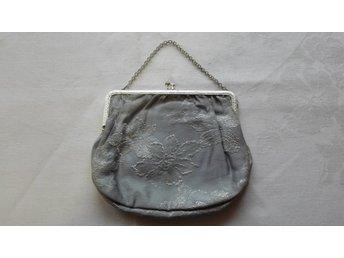 Liten Väska, handväska/börs 18x15 cm - Svängsta - Liten Väska, handväska/börs 18x15 cm - Svängsta
