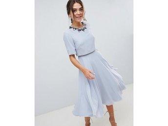 Vacker ljusblå chiffon klänning ASOS strl 40 (340177332) ᐈ Köp på ... 2b655b505eff9