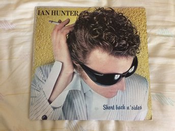 "IAN HUNTER ""SHORT BACK N´ SIDES""  CHRYSALIS LP CHR 1326 P.1981 USA PRESS"