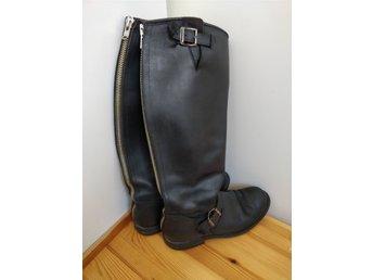 boots med dragkedja baktill