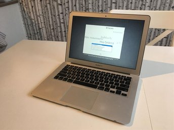 Apple MacBook Air 13' Mid 2011 - Defekt