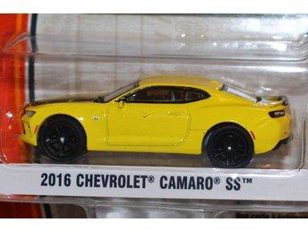 2016 Chevrolet Camaro SS 1:64 (Greenlight GL Muscle) Series 16 Gul Ny - Hässleholm - 2016 Chevrolet Camaro SS 1:64 (Greenlight GL Muscle) Series 16 Gul Ny - Hässleholm