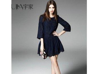 kvinnor broderad sidenklänning mörk blå S - Shanghai - kvinnor broderad sidenklänning mörk blå S - Shanghai