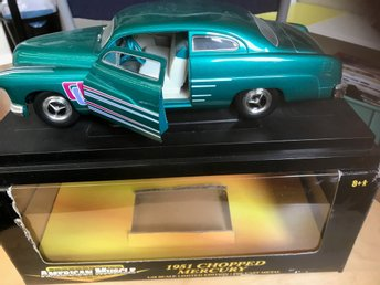 Ford Mercury 1951  1:18