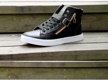 High Top skor strl 43 för man black