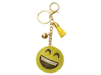 Nyckelring med smiley full av strass