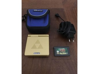 Sällsynt Gameboy Advance SP Gold Edition Zelda The Minish Cap, med skyddsfodral