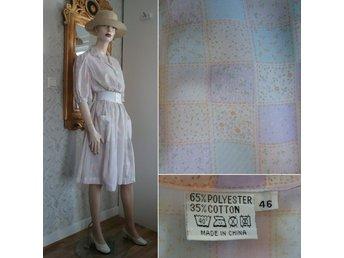 Vintage retro pastellfärgad randig klänning sommarklänning