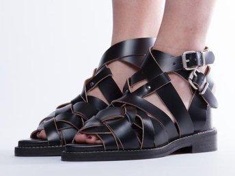 ACNE STUDIOS Sandaler mockasiner Ankle Boot shoes skor stövlett heels sko - Stockholm - ACNE STUDIOS Sandaler mockasiner Ankle Boot shoes skor stövlett heels sko - Stockholm