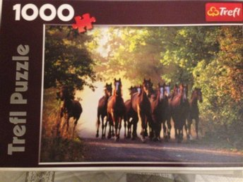 Pussel 1000 bitar Trefle Puzzle - English Thoroughbred Stallions