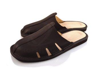 9a0daaac2a3 nya tofflor innetofflor herr skor skinn läder sandaler inneskor strl 41 brun