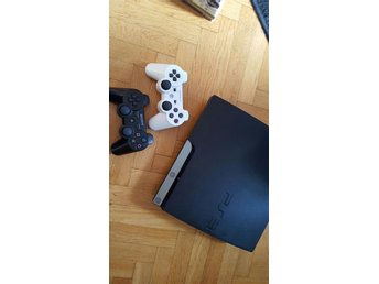 Playstation 3 Slim, 2 handkontroller m.m. OBS! Kort auktion