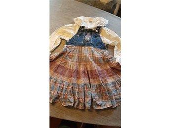 Jätte söt hängselklänning och blus stl 122 cl upp till 134 cl - Kumla - Jätte söt hängselklänning och blus stl 122 cl upp till 134 cl - Kumla