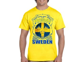 Medium - Born in Sweden t-shirt med 3 kronor Sverige flagga