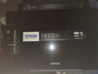 Epson 3 in 1 copy, print, scan SX 105