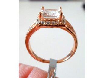 14 k gult guldfylld ring med cubic zirkonia, strl ca 20 - Märsta - 14 k gult guldfylld ring med cubic zirkonia, strl ca 20 - Märsta
