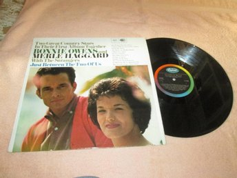 MERLE HAGGARD AND BONNIE OWENS  JUST BETWEEN THE TWO OF   UK