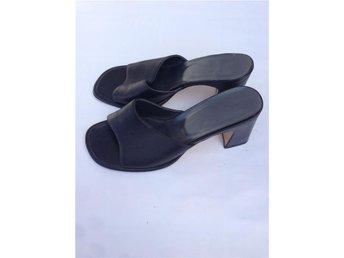 Vintage skinnskor sandaletter 39,5 40 svarta - Arild - Vintage skinnskor sandaletter 39,5 40 svarta - Arild