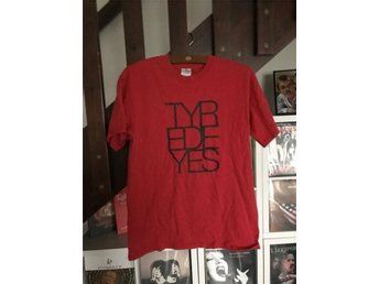 Tyred Eyes t-shirt (medium) (Rock Garage Punkrock)