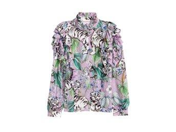Färgglad skjorta H M tigrar mönster 36 (330452554) ᐈ Köp på Tradera d1d0fcbaa315d