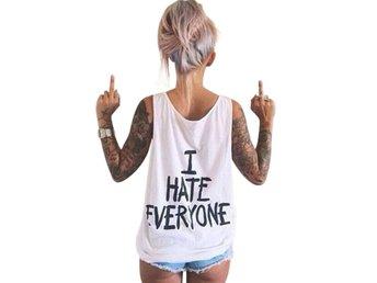 Linne Top I Hate Everyone - Vit L - Hong Kong - Linne Top I Hate Everyone - Vit L - Hong Kong